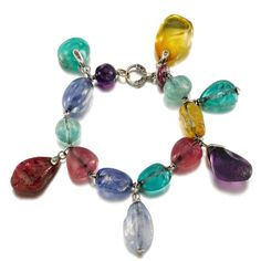 dam-images-daily-2012-05-belperron-jewelry-belperron-03-gem-set-diamond-bracelet.jpg