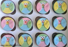 I made these cute chocolate cupcakes for a little girl who loves owls. Aren't they sweet? The toppers were really simple to make – all that's required are circular cutters, a roll…