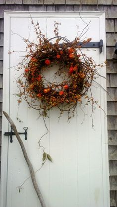 fall wreaths bittersweet wreath, harvest wreath, fall wreath, orange wreath THIS WREATH WILL BE AVAIBLE IN SEPTEMBER So pretty! This wreath measures lanterns Your place to buy and sell all things handmade Autumn Wreaths, Christmas Wreaths, Wreath Fall, Autumn Decorating, Fall Decor, Fresh Wreath, Wreaths And Garlands, Deco Floral, Fall Harvest