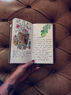 Writing and drawing in my midori travelers notebook ##midori #travelersnotebook