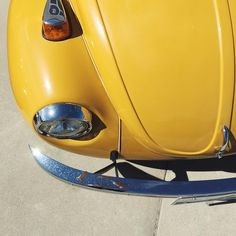 They call it mellow yellow.  #darlingweekend #abmlifeiscolorful #vwbug #abmsummer