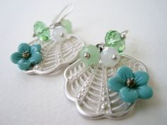 Vintage 60s Cottage Chic Art Deco Silvertone Opne Cut Clam Shell Flower Bead Dangle Earrings by ThePaisleyUnicorn, $4.00
