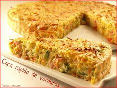 Coca Rápida de Verduras (Thermomix) Quiches, New Recipes, Sweet Recipes, Favorite Recipes, Cocina Natural, Empanadas, Food And Drink, Yummy Food, Meals