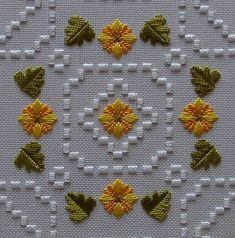 satin stitch designs on hardanger Embroidery Designs, Types Of Embroidery, Learn Embroidery, Hardanger Embroidery, Embroidery Stitches, Hand Embroidery, Geometric Embroidery, Crochet Hook Set, Bargello