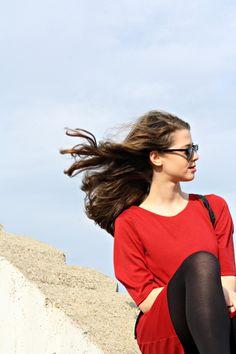 #blog #blogger #fashion #fashionblog #fashionblogger #sunglasses #dress #look #love #lovely #potd #ootd #red #black #colour #monument #hintsofindigo #ray ban #parfois #vagabond #shoes