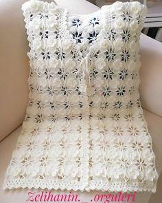 Crochet Toddler Dress, Crochet Ruffle Scarf, Crochet Bedspread Pattern, Crochet Boot Cuffs, Crochet Baby Dress Pattern, Crochet Clothes, Crochet Designs, Knitting Designs, Crochet Cluster Stitch