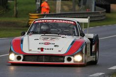 Everything about the most beautiful car in the planet. Porsche 935, Porsche Motorsport, Sports Car Racing, F1 Racing, Drag Racing, Le Mans, Road Race Car, Race Cars, Martini Racing