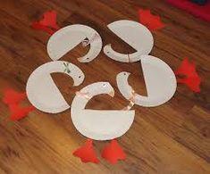 "Képtalálat a következőre: ""liba sablon"" Paper Plate Crafts, Paper Plates, Diy And Crafts, Crafts For Kids, Arts And Crafts, St Martin, Little Red Hen, Daycare Crafts, Kids Christmas"
