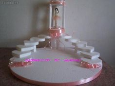 Maquetas para souvenirs - Imagui Sweet Sixteen Centerpieces, Quinceanera Planning, Cake Pop Stands, Quinceanera Centerpieces, Diwali Craft, Cake Pops How To Make, Cosmetic Display, Marriage Decoration, Wood Vase