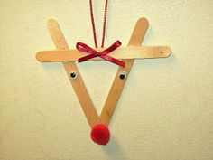Santa's Vacation Haven: It's Reindeer Time...Bring Out The Craft Supplies!