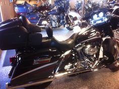 2006 CVO Ultra $19,000 with 7610 miles includes bag liners, cover, garage door opener, and manual