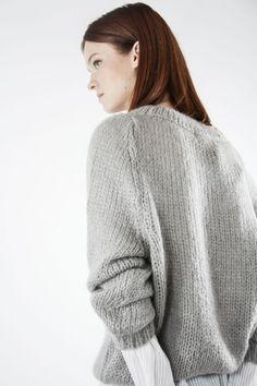 Jersey Oversized en gris| Knitwear | SYSTEM ACTION