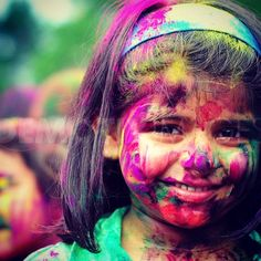 #india #portraitchild #colours #smile #photo #picture #pictureholi #indiapicture #holi #holiday #happygirl #holihai #color #girls #indiangirls #filles #holifestival #festival #funny #inde #indien #filleindienne #funny #powerholi #feteholi #festivalcolors