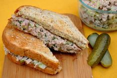 Look no further this is the perfect Perfect to take to work/school Party Sandwiches, Healthy Sandwiches, Tuna Spread Recipe, Kneading Dough, Cooking Recipes, Healthy Recipes, Smart Kitchen, Diy Food, Food Processor Recipes