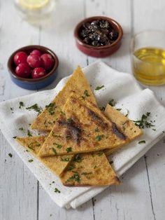 Socca niçoise au four - Herve Knightley Polenta, Socca Nice, La Socca, French Crepes, Vegetarian Recipes, Cooking Recipes, Good Food, Yummy Food, Crepe Recipes