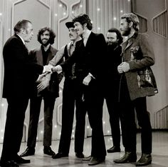 The Band with Ed Sullivan, 1969 I saw The Band in Waupun, Wisconsin in small venue, sweet. 60s Music, Pop Bands, Classic Rock, Good Old, Rock Music, Rock Art, The Beatles, Rock N Roll, Eye Candy