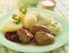 Kjøttkaker i brun saus med poteter, ertestuing eller kålstuing. Hvem har påstått at det er hverdagsmat?Kilde: Stavanger Aftenblad/Foto: Opplysningskontoret for egg og kjøtt