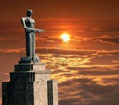 Resultados da Pesquisa de imagens do Google para http://us.123rf.com/400wm/400/400/mikle15/mikle150712/mikle15071200003/2266199-mayr-hayastan-monument-in-city-yerevan-armenia.jpg
