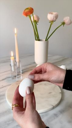 Diy Crafts Hacks, Diy And Crafts, Room Paint Designs, Homemade Scented Candles, Easter Table Decorations, Holidays And Events, Easter Crafts, Form, Happy Easter