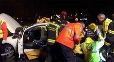 Un joven de 20 años ha fallecido y otras ocho personas han resultado heridas en un accidente de tráfico en el que se han visto implicados un turismo y un taxi. Tourism, Fiestas, People