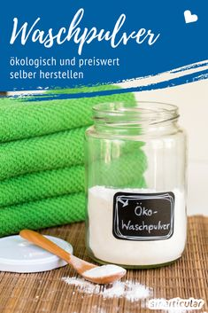 Waschmittel ist so einfach herzustellen, dass ich mich manchmal frage, warum Leu… Detergent is so easy to make that sometimes I wonder why people even buy it! Here is my recipe: fast, easy, cheap! Diy Home Cleaning, House Cleaning Tips, Green Cleaning, Diy Cleaning Products, Cleaning Hacks, Makeup Products, Diy Vanity, Sometimes I Wonder, Kitchen Hacks