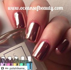 White Tip Acrylic Nails, White And Silver Nails, Gold Glitter Nail Polish, French Tip Acrylic Nails, Pink Gel Nails, Square Acrylic Nails, Summer Acrylic Nails, Silver Nail Designs, French Tip Nail Designs