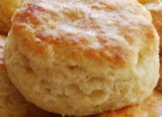 Recette : Biscuits chauds à la poudre à pâte. Baking Recipes, Whole Food Recipes, Dessert Recipes, Biscuit Cookies, Biscuit Recipe, Savoury Baking, Breakfast Bake, Cravings, Deserts