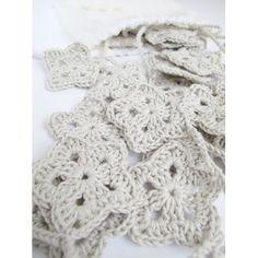 Guirnalda crochet estrellas gris