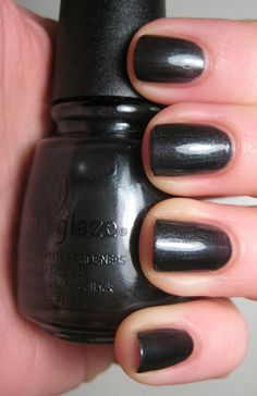 $2 - china glaze black diamond - filled to top of logo above china glaze lettering