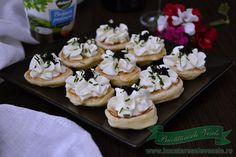 blini-cu-crema-de-branza Belini with cream cheese caviar Mini Cupcakes, Doughnut, Cheesecake, Blog, Appetizers, Cookies, Cream, Desserts, Caviar