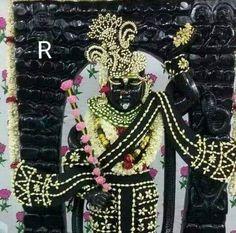 Slim Pants, Krishna, Wreaths, Halloween, Home Decor, Decoration Home, Door Wreaths, Room Decor, Deco Mesh Wreaths