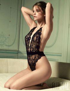 Victorias Secret - Lingerie - Designer collection 2012 - http://en.flip-zone.com/fashion/lingerie-12/l/victoria-s-secret-3074