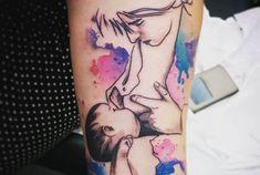 Para sempre na pele: mães celebram a amamentação com tatuagens
