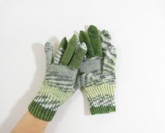 Knitted Men's Gloves  Gray Green Size by UnlimitedCraftworks
