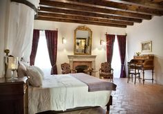 As rich in history as the land surrounding it, Agriturismo L'Unicorno in western Lombardy embodies refined rural living with irrepressible Italian charm. Tuscany Vineyard, Hotel Spa, Historic Homes, Resort Spa, Cottage, Mansions, Luxury, Bed, Preserves