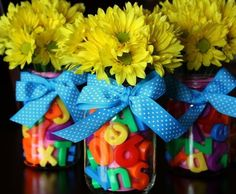 WALLYKAZAM PARTY - Ideas - Centerpieces - Decorations. Use Purple Flowers to go with Naptime for Borgelorp