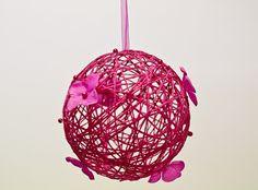 Boule Fleurs à suspendre coloris FUSCHIA decoration mariage Fete deco salle