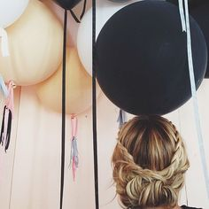 30 Romantic Hair Ideas to Up Your Date Time Pretty