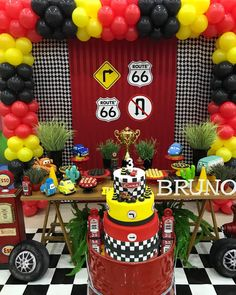 @catuaipalladiumfoz @grupomariasfoz @solangeneitzel @magicgamesparks @carolinacolombof #festacarros #decorcars #cars #partycar #festas
