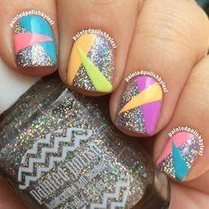Glitter + neon + shapes nail art - kind of Nail Design Glitter, Glitter Nails, Silver Sparkly Nails, Nail Swag, 80s Nails, Neon Nails, Nail Polish, Geometric Nail, Super Nails