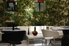 Patio Andaluso Hotel Petit Palace Santa Cruz