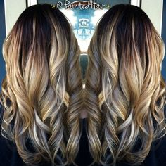Blonde ombre with long layers & beautiful curls. Love Hair, Great Hair, Gorgeous Hair, Hair Color And Cut, Ombre Hair, Blonde Ombre, About Hair, Fall Hair, Hair Dos