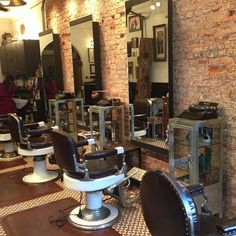 Wake Up and Smell the Barbicide Barber Shop Interior, Barber Shop Decor, Tony Barber, Vintage Hair Salons, Shaved Hair Cuts, Barbershop Design, Barber Chair, Salon Style, Salon Design