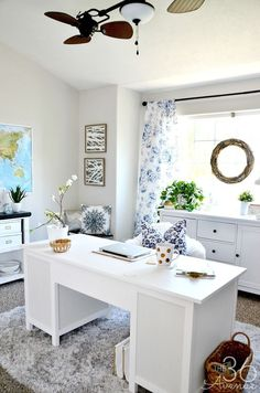 Home Office Decor - This room went from dining room to office. So pretty! #retrohomedecor