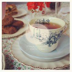 Lit Pasteleria® Tea Cups, Cakes, Tableware, Dinnerware, Cake, Dishes, Pastries, Tea Cup, Torte