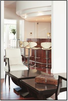 love these bar stools