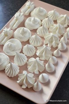 reteta bezele de casa albusuri ramase Romanian Desserts, Romanian Food, Cake Recipes, Dessert Recipes, Delicious Desserts, Yummy Food, Pastry Cake, Food Cakes, Pavlova