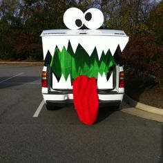 Trunk Or Treat Decorating Ideas | trunk or treat! & trunk or treat....cut out teeth and taped them together using poster ...