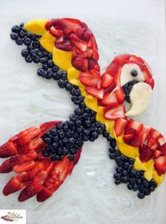we are not going to just look at the taste aspects of food but at fascinating examples of food art works. Yes, this article will not just look at the taste