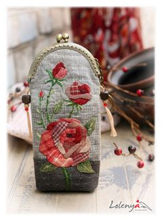 Gallery.ru / Eyeglass Case - Japanese patchwork 2 - lolenya - /msmary7353/wool-embroidery-sewing/   over 1,700 BACK!!